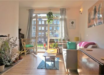 Thumbnail 2 bed flat for sale in Cornwall Avenue, London