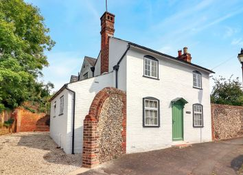 Thumbnail 5 bed detached house for sale in Piccotts End, Hemel Hempstead