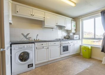 3 bed flat to rent in Brown Street, Edinburgh EH8
