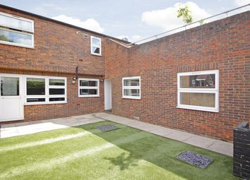 Thumbnail Flat for sale in Firs Close, London