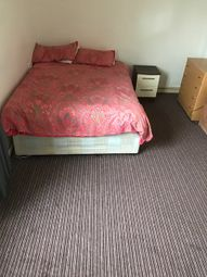 Thumbnail Room to rent in Gernon Road, Bow