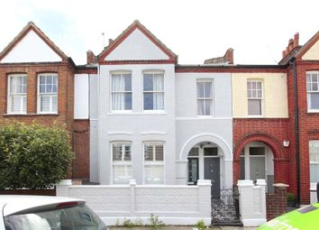 Thumbnail 3 bed maisonette to rent in Quinton Street, Earlsfield, London