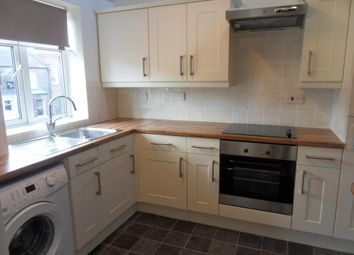 Thumbnail 1 bed flat to rent in Long Street, Easingwold, York