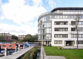 Thumbnail 2 bed flat to rent in New Wharf Road, London