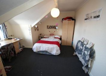 Thumbnail 5 bedroom terraced house to rent in Brudenell Mount, Leeds