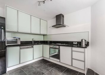 Thumbnail 3 bed flat for sale in Redcliffe Place, Chelsea
