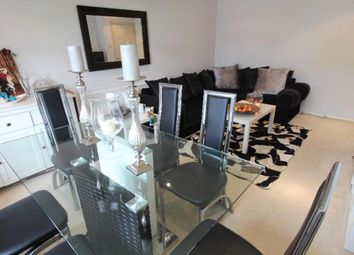 Thumbnail 2 bed flat for sale in Lyonsdown Rod, Hertfordshire, 1Jh