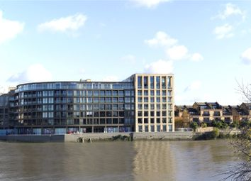 Thumbnail 1 bed flat for sale in Queen's Wharf, Hammersmith