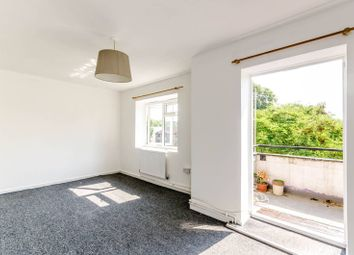 Thumbnail Flat for sale in Thornton Road, Balham