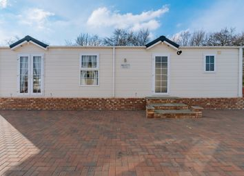 Thumbnail 3 bed flat for sale in Great Chart, Ashford