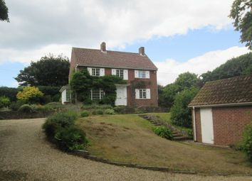 Thumbnail 3 bed detached house to rent in Kivernell Road, Milford On Sea, Lymington