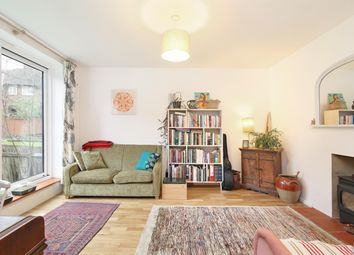 2 bed maisonette for sale in Dylways, London SE5