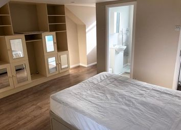 Thumbnail Room to rent in Derwent Road, Ealing
