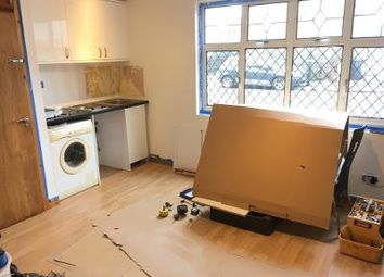 Thumbnail Studio to rent in Very Near Ash Grove Area, South Ealing
