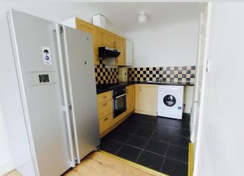Thumbnail 1 bed flat to rent in Heath Park Rd, Romford