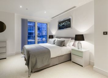 Thumbnail 3 bed flat to rent in Duckman Tower, 3 Lincoln Plaza, Canary Wharf, London