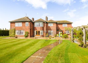 Thumbnail 5 bed detached house for sale in Kingsfield, Caistor Road, Laceby, Grimsby