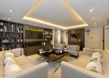 Thumbnail 3 bed flat for sale in Lyndhurst Court, London