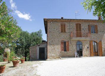 Thumbnail 1 bed farmhouse for sale in Via Garibaldi, Sinalunga, Siena, Tuscany, Italy