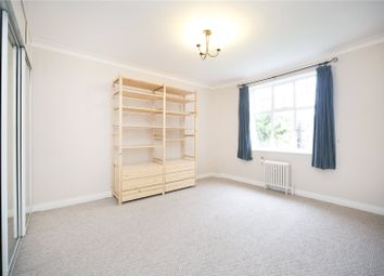 Thumbnail 1 bed flat to rent in Gilling Court, Belsize Grove, London