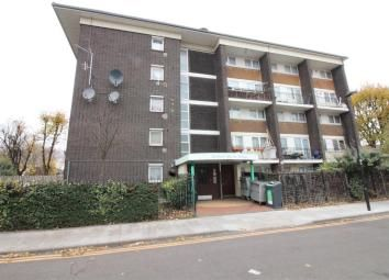 Thumbnail 1 bed flat to rent in Haynes Close, London