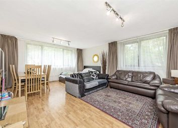 Thumbnail 2 bedroom flat for sale in Queens Court, London