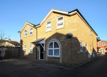 Thumbnail 2 bed flat to rent in Cinnaminta Road, Headington