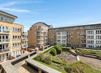 1 bed property to rent in St David's Square, Isle Of Dogs E14