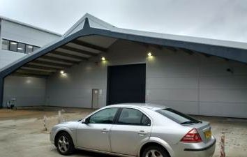 Thumbnail Warehouse to let in Unit 5 Highgrey Business Park, 37 - 41 Holmethorpe Avenue, Redhill, Surrey