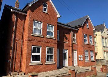 1 bed flat to rent in Wellesley Road, Clacton-On-Sea CO15