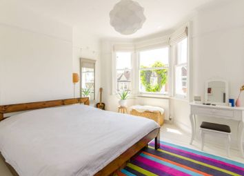 3 bed property for sale in Solway Road, Wood Green, London N22