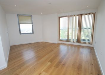 Thumbnail 2 bed flat to rent in Altyre Road, Croydon