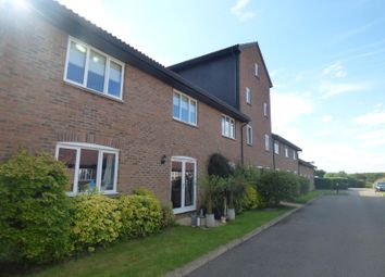 Thumbnail 2 bed flat to rent in The Granary, Warren Farm, Milton Keynes