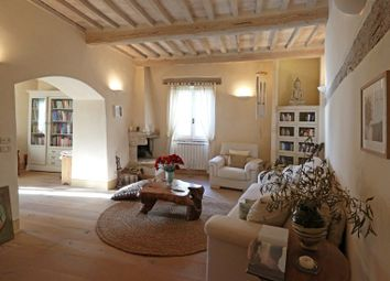 Thumbnail 2 bed apartment for sale in Cetona, Siena, Tuscany, Italy