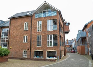 Thumbnail 2 bed flat for sale in Coopers Yard Paynes Park, Hitchin, Herts