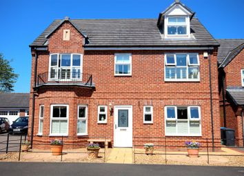 Thumbnail 5 bed town house for sale in Roundhaven, Durham