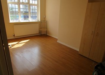 Thumbnail 1 bed flat to rent in Market Street, Bromley