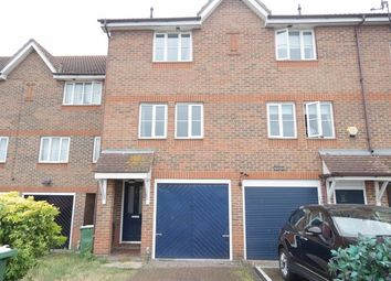 3 bed town house to rent in St. Andrews Close, London SE28