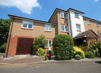 Thumbnail 1 bedroom flat for sale in Oakleigh Close, Swanley