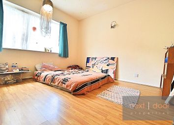 Thumbnail 3 bed flat to rent in Shenley Road, Camberwell