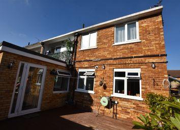Thumbnail 2 bed maisonette for sale in Heronslea, Garston, Watford