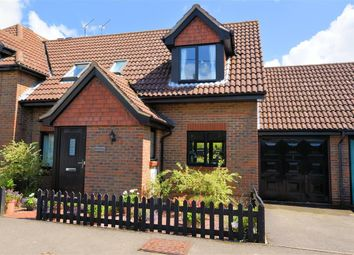 Thumbnail 2 bedroom semi-detached house for sale in Mortimer Common, Reading