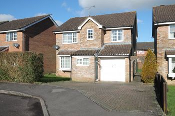 Thumbnail 4 bed detached house to rent in Minster View, Warminster