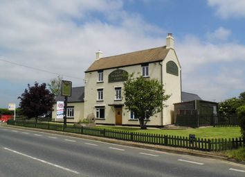 Thumbnail 3 bed flat to rent in Evesham Road, Bishops Cleeve, Cheltenham