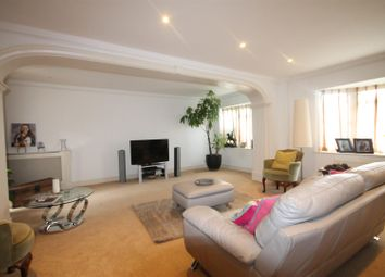 Thumbnail 4 bed property to rent in Hadley Close, Elstree, Borehamwood