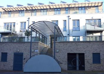 Thumbnail 2 bed flat to rent in Fitzgerald Place, Cambridge, Cambridgeshire