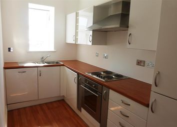 Thumbnail 2 bed flat to rent in Woodlands Road, Barry