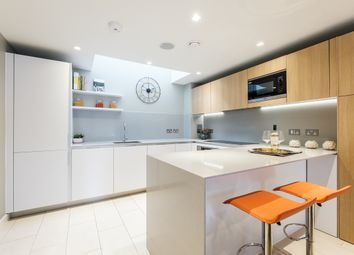 Thumbnail 4 bedroom mews house to rent in Taplow Street, London