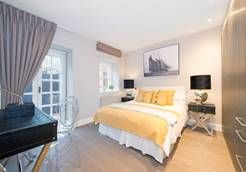 Thumbnail 1 bed flat to rent in Lyndhurst Road, London