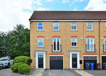 3 bed town house for sale in Oxclose Park Rise, Halfway, Sheffield S20